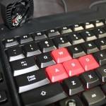 【赤く光る】メンブレンゲーミングキーボード : Challenger PRO【Tt eSports】